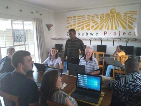 sunshine-project-zimbabwe-computer-lessons